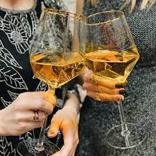 Вино Albert Bichot, Macon-Villages AOC, 2018, 0.75 л (Вино Альберт Бишо, Макон-Вилляж, 2018, 750 мл)