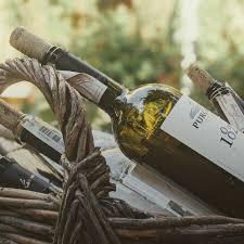 "Вино Domaine Weinbach, Riesling Grand Cru ""Schlossberg"", 2018, 0.375 л (Вино Домен Вайнбах, Рислинг Гран Крю ""Шлоссберг"", 2018, 350 мл)"