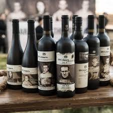 "Вино ""Tiefgang"" Riesling Kalkstein, 2019, 0.75 л (Вино ""Тиефганг"" Рислинг Калькштайн, 2019, 750 мл)"