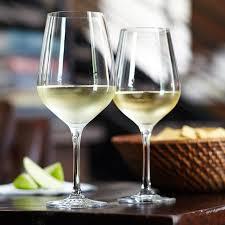 "Вино Billaud-Simon, Chablis Premier Cru ""Les Vaillons"", 2018, 0.75 л (Вино Бийо-Симон, Шабли Премье Крю ""Ле Вайон"", 2018, 750 мл)"